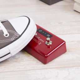 AirTurn Bluetooth 2 Footswitch Controller Pedal available at Penarth Music Centre